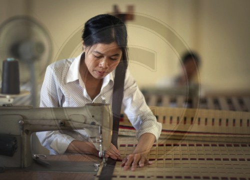 Produktion von Kandal-Matten|Production of Kandal mats
