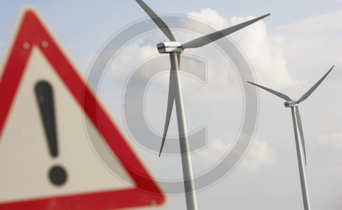 Achtung Windkraft | Attention , wind power