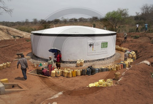 Wasserprojekt in Kenia|Water project in Kenya